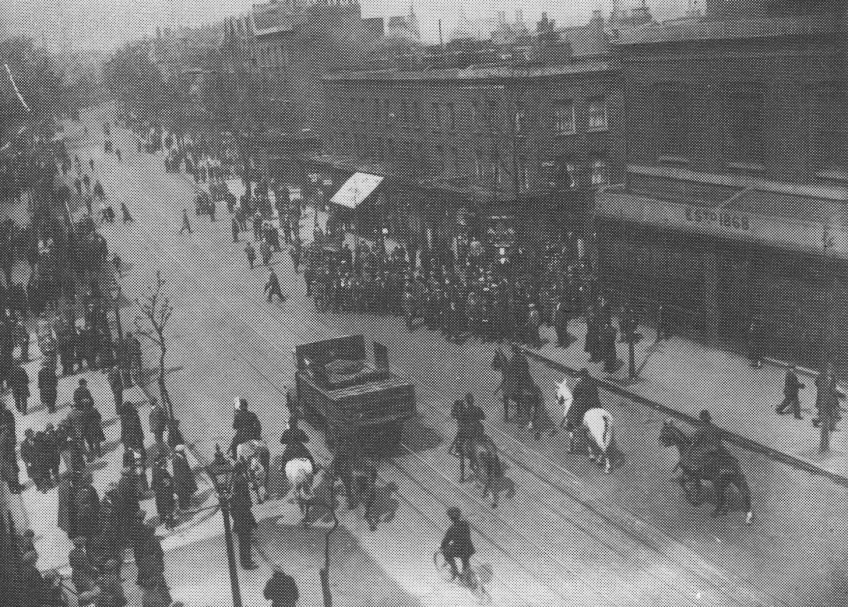 Mounted police escort vehicle during the General Strike in London, 1926